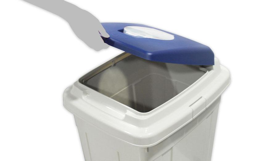 detalle abertura papelera reciclaje eco