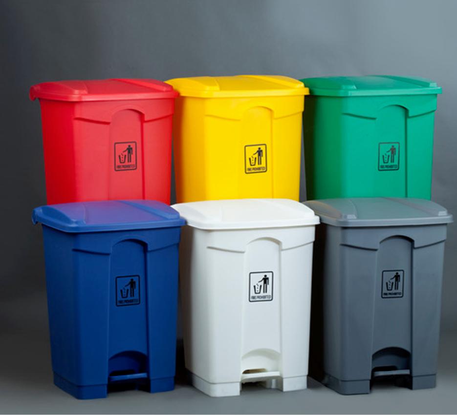 Colores y uso de las papeleras de reciclaje for Imagenes de reciclaje de madera