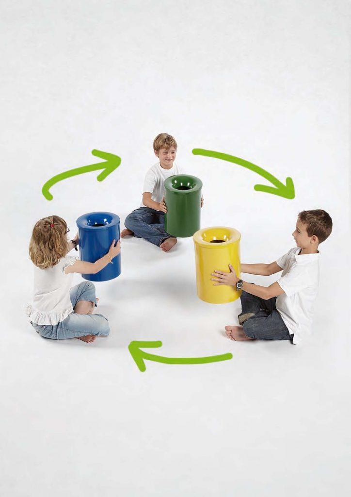 reciclaje escolar niños