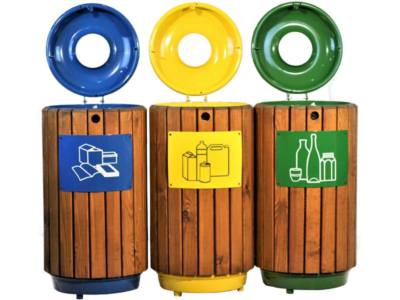punto reciclaje papeleras madera